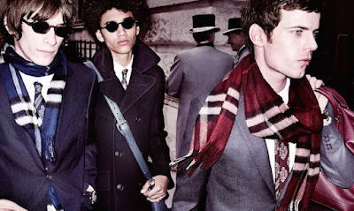 Burberry, bufanda, Complementos, made in england, menswear, style, elegancia, Fall 2015, Suits and Shirts, Bufanda Bar, Scarf Bar,