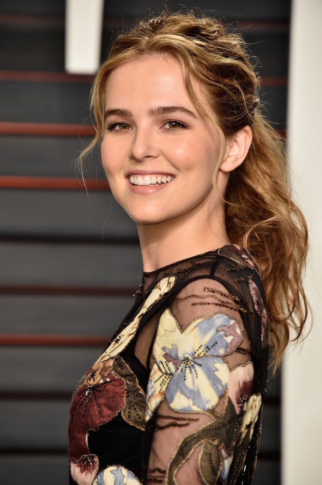 Dirty Grandpa actress Zoey Deutch at Vanity Fair Oscar 2016 Party in Beverly Hills