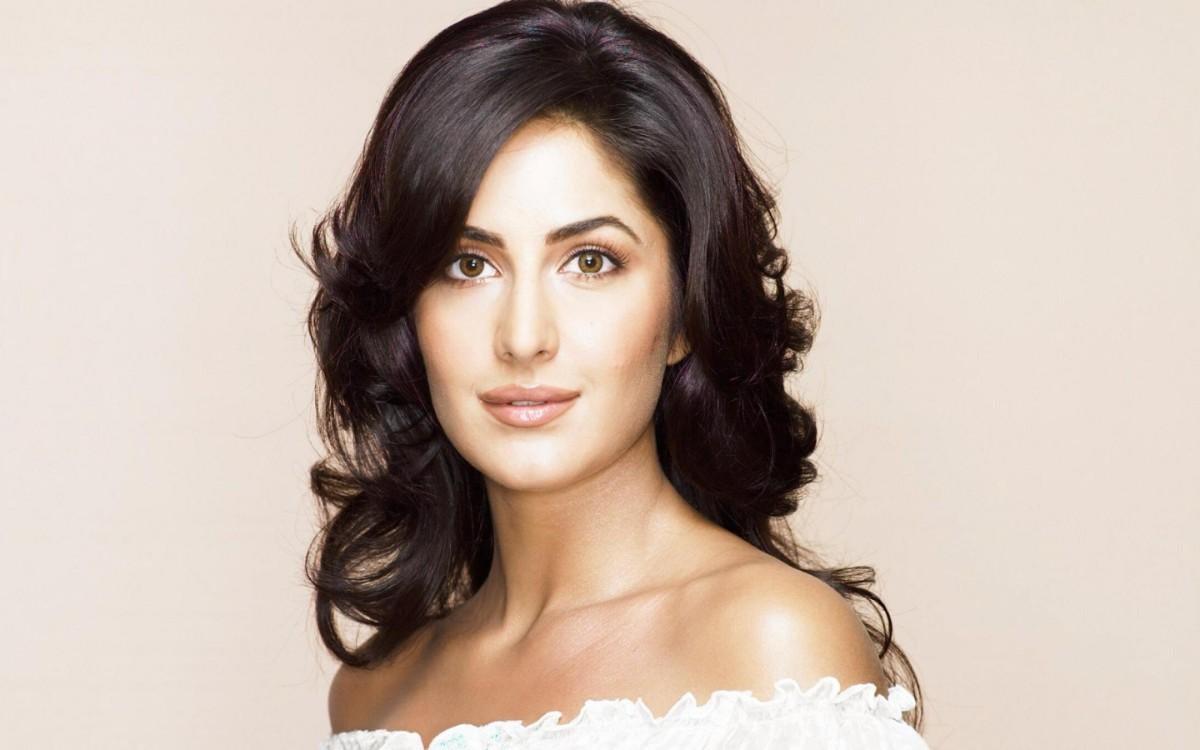 Katrina Kaif Hd Images 40 Hot Beautiful Wallpapers Pics
