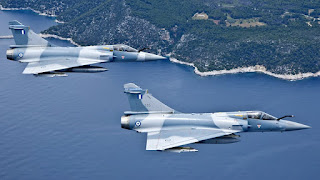 Turquia nega escaramuça. Mirage 2000 Grego cai apos intercepetar aeronaves turcas.