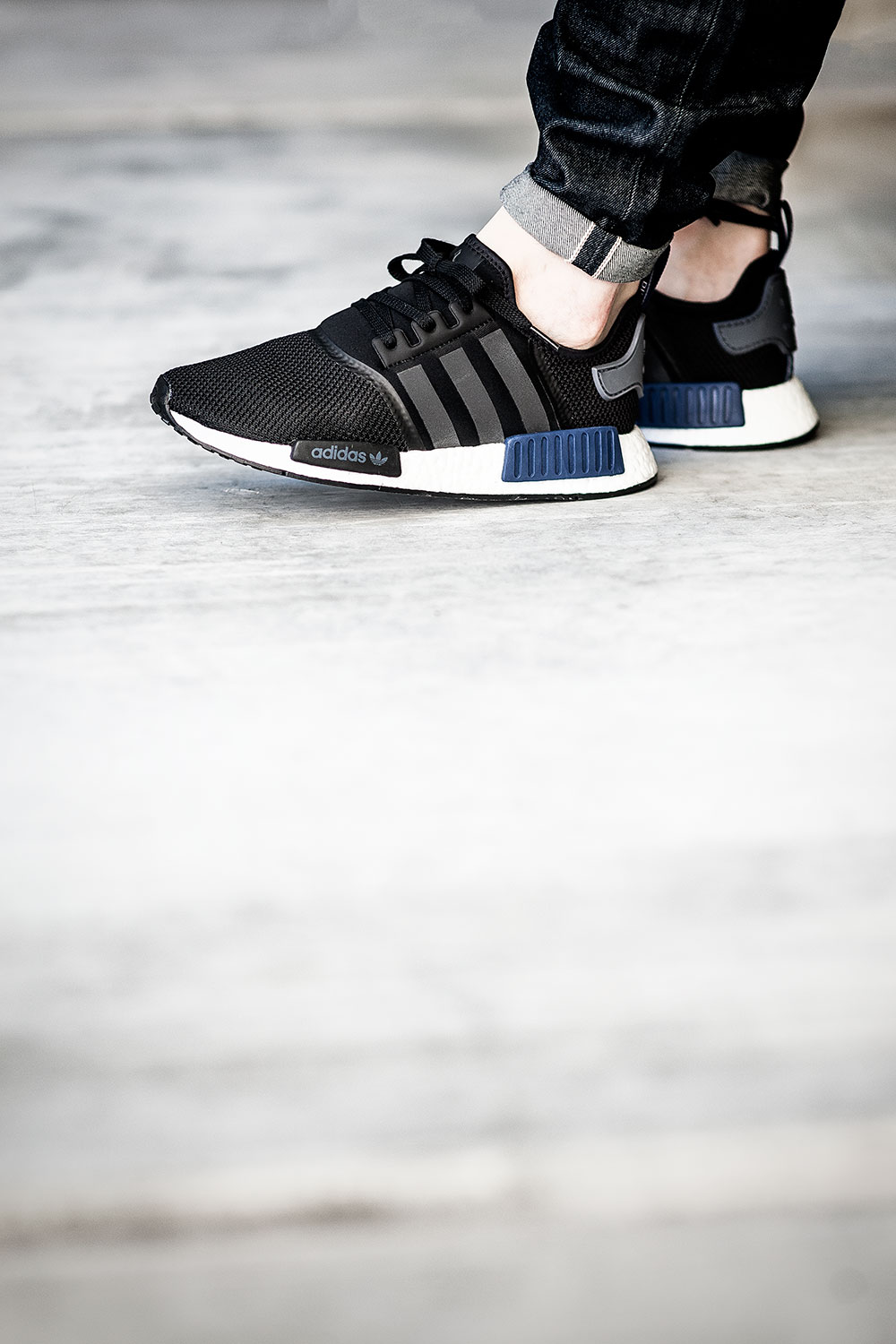 adidas NMD R1 Nomad Charcoal Grey Wool Bw0616 Boost Reflective