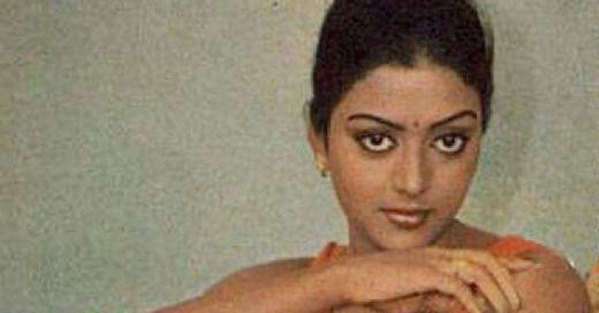 Tv Actress Shraddha Arya Hottest Bikini Body Exposed: BhanuPriya Bikini Hot Photos