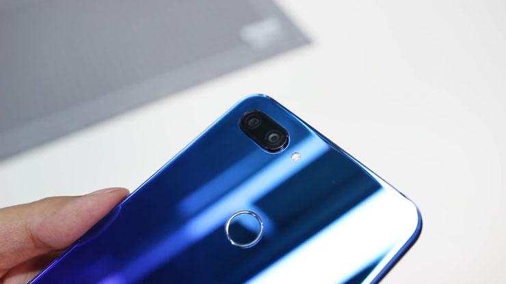سعر و مواصفات هاتف شاومي مي 8 لايت Xiaomi Mi 8 Lite specs