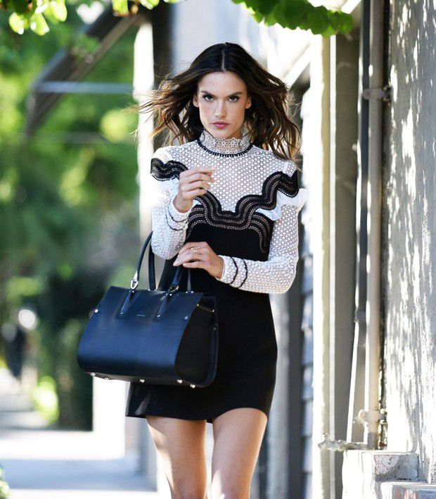 Alessandra Ambrosio makes the sidewalk to turn around the catwalk in the USA