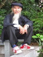 Der Bart muss ab. Der letzte potentielle chinesische Terrorist