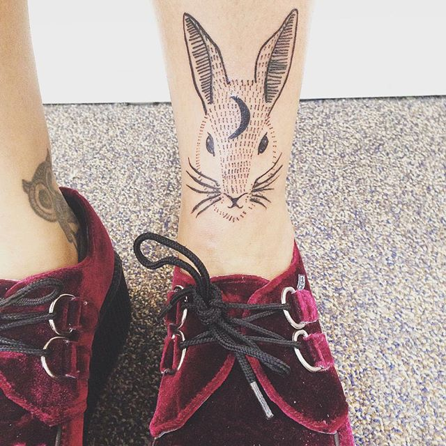 Tatuagens femininas para as pernas