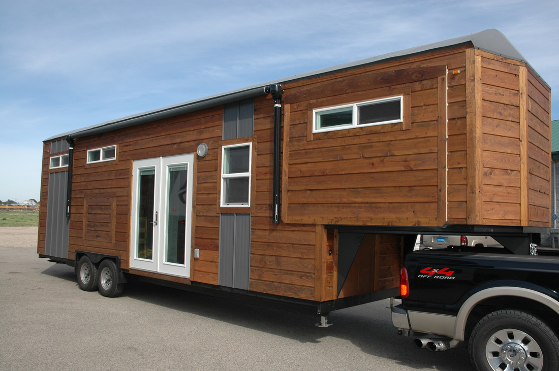tiny house town 320 sq ft nampa tiny house. Black Bedroom Furniture Sets. Home Design Ideas
