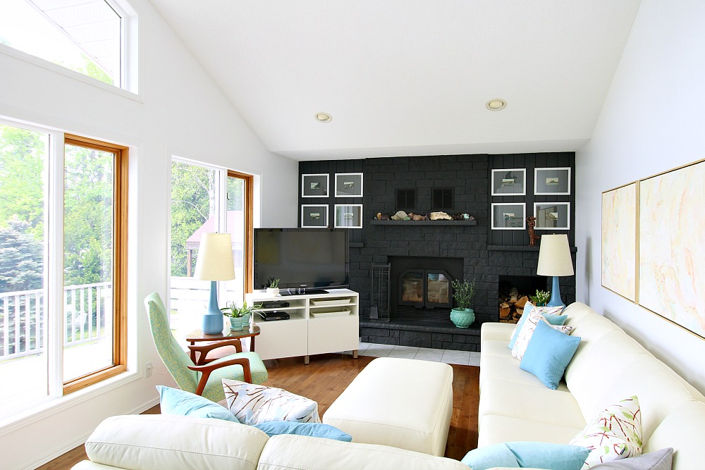 Bright White and Turquoise Living Room