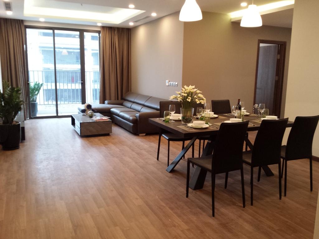 Giá bán căn hộ chung cư Phú Mỹ Complex - N01T4 Ngoại Giao Đoàn