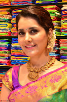 Raashi Khanna in colorful Saree looks stunning at inauguration of South India Shopping Mall at Madinaguda ~  Exclusive Celebrities Galleries 005.jpg