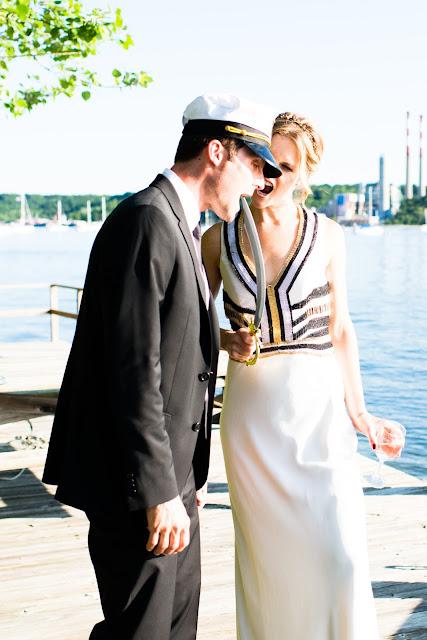 bride and groom funny, funny wedding photos