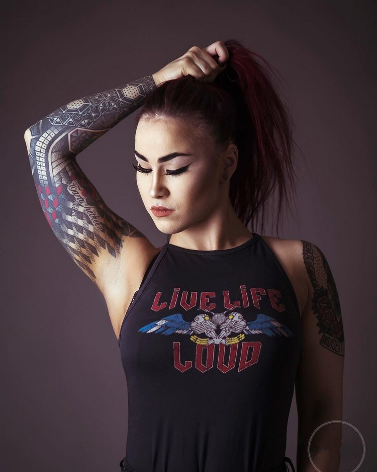 Tattoo models Nelli Ödman