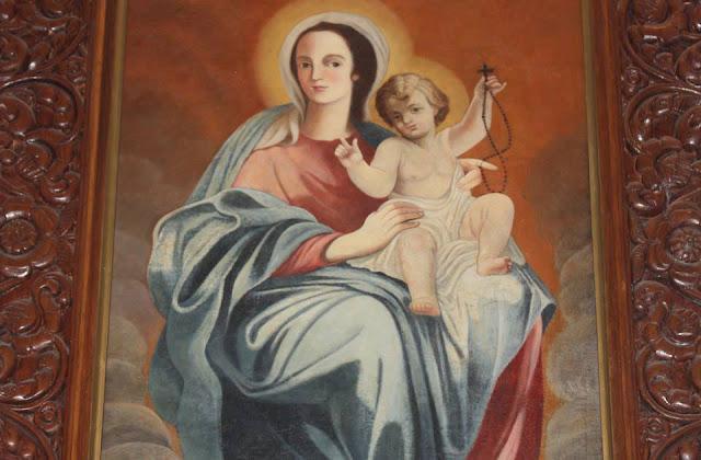 cuadro-de-la-virgen-del-rosario-reliquia-la-villa-perija