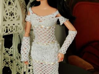 Barbie por Pecunia MM vestido de noiva de crochet detalhes bordado