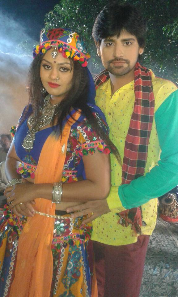 Tanushree and Rakesh Mishra ON Set of Dil Hai Ki Manta Nahi  Bhojpuri Film Shooting photo