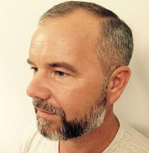 Model Rambut Bapak-Bapak