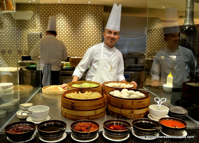Chef at Junsui restaurant in Burj Al Arab