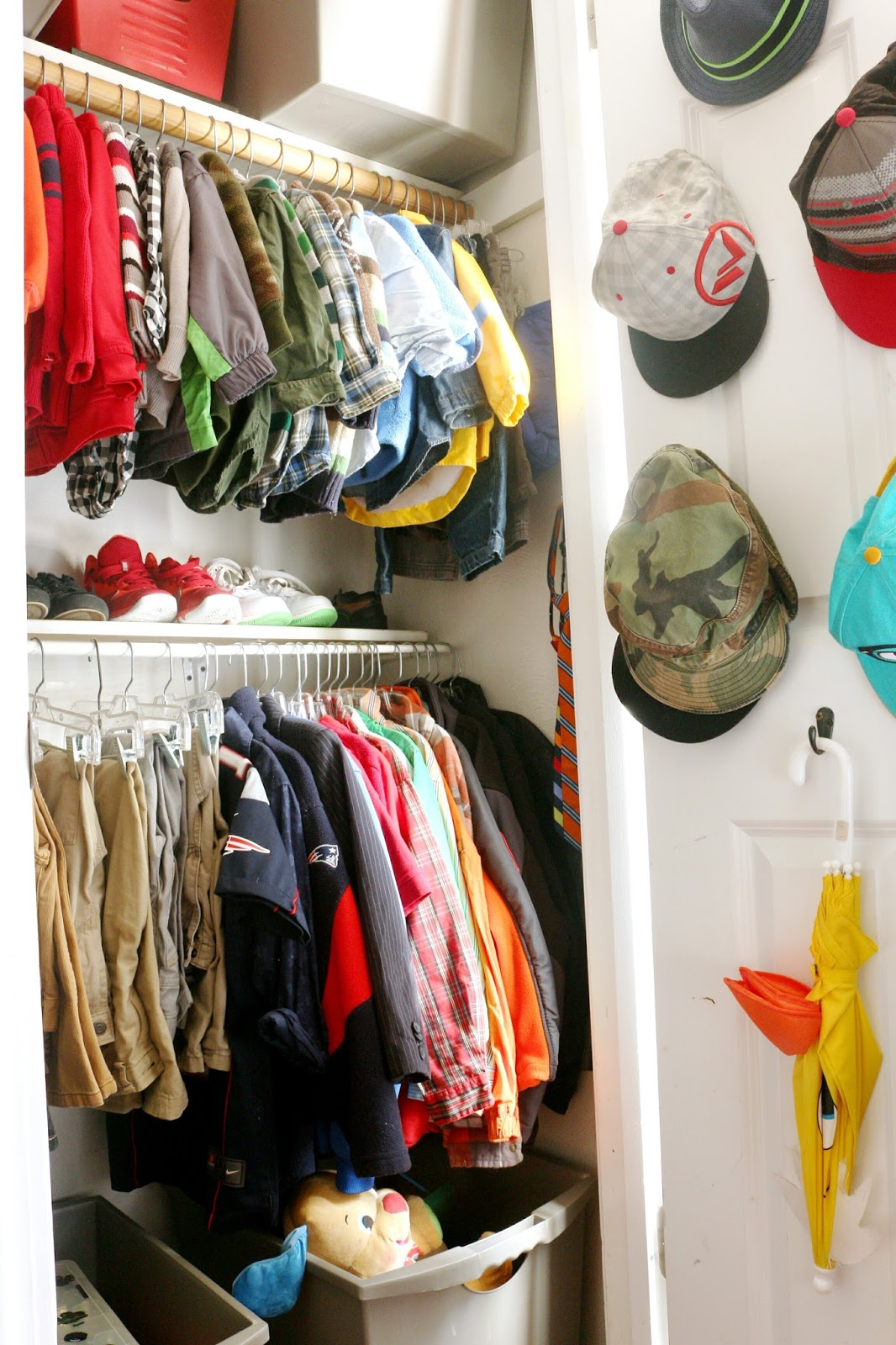 shared kids' closet organization