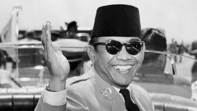 Fenomena Pilkada, KPU Larang Pajang Foto Sukarno dan Superman, Ini Alasannya!