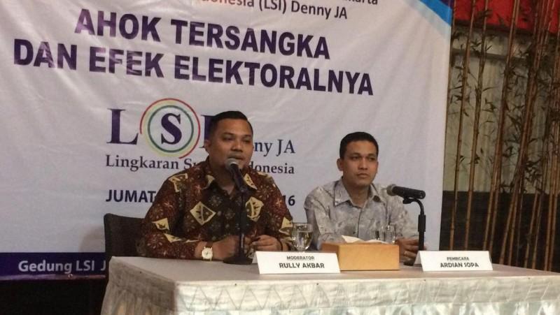 LSI Denny JA merilis hasil survey di kantornya
