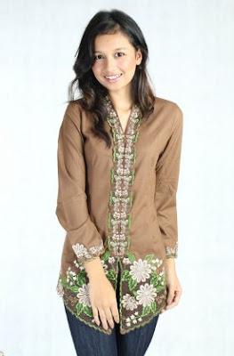 Model baju setelan atasan batik bawahan celana elegan