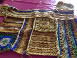 crochet along, scraps of yarn, may 2015 mystery CAL challenge