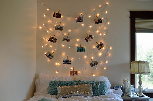 Olvas i k rd s men kamasz szoba dettydesign lakberendez s - Luces led para decorar ...