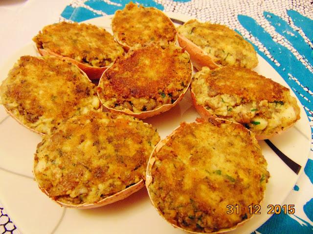 Jajka faszerowane z pieczarkami na ciepło