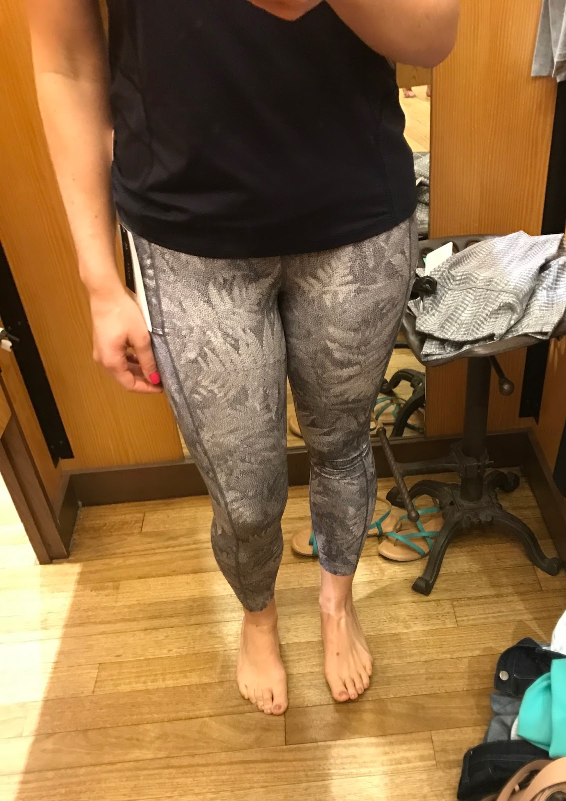 https://api.shopstyle.com/action/apiVisitRetailer?url=https%3A%2F%2Fshop.lululemon.com%2Fp%2Fwomen-pants%2FFast-And-Free-7-8th-Tight%2F_%2Fprod8351449%3Frcnt%3D2%26N%3D1z13ziiZ7z5%26cnt%3D45%26color%3DLW5AN4S_029035&site=www.shopstyle.ca&pid=uid6784-25288972-7