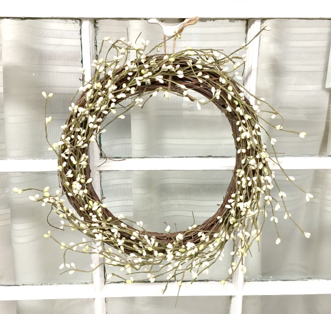Making a Pip Berry Wreath From a Thrift Store Find