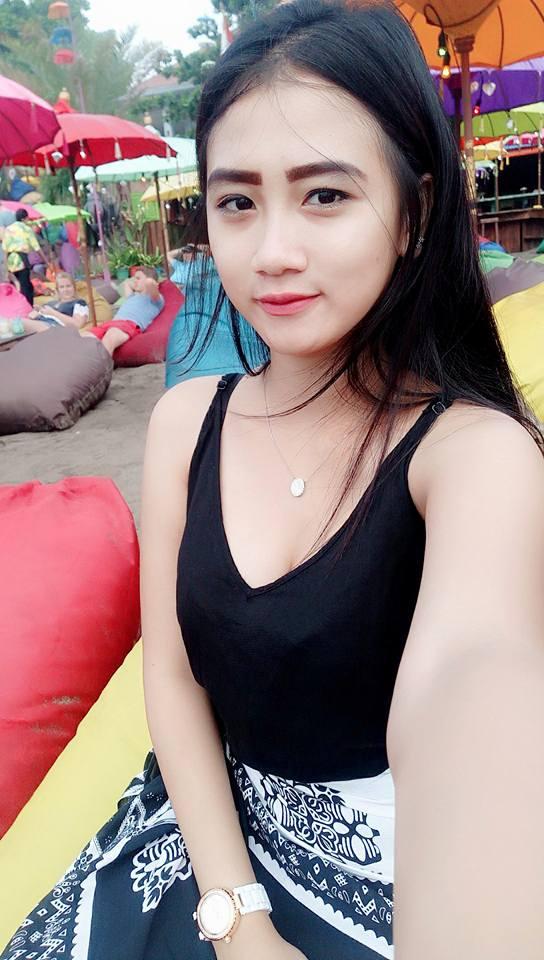 Hanna Seorang Perempuan Cantik Yang Terpilih Menjadi Salah Satu Wanita Tercantik Di Kota Bandung Dan Sekitarnya Pada Saat Ini