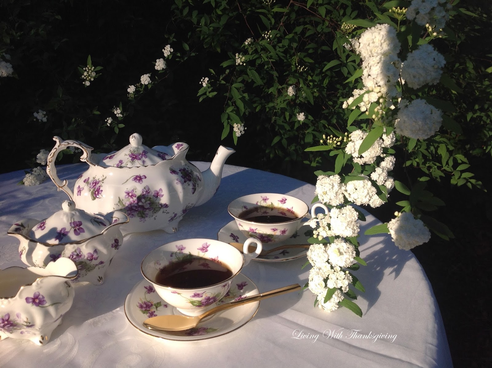 Heirloom China Tea Set Living With Thanksgiving