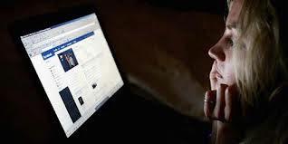 Berdasarkan Penelitian Facebook Bisa Bikin Orang Iri dan Sengsara