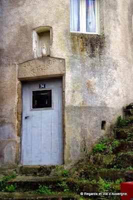 porte, Olliergues, Puy-de-Dôme, Auvergne.