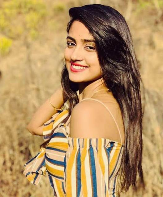 Nisha Guragain (TikTok Star) Wiki, Age, Birthday, Biography, Boyfriend & More