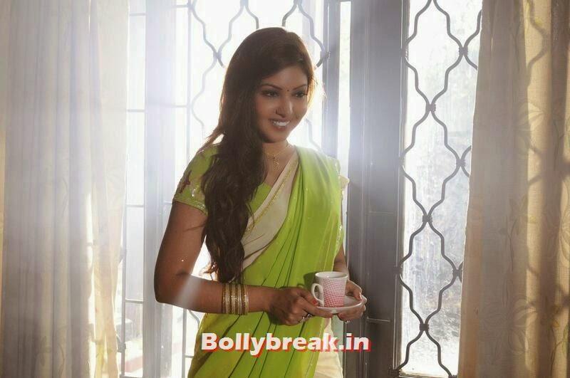 , komal jha Stills in Lemon Green Saree