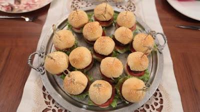 Nurselin Mutfağı MİNİ HAMBURGER Tarifi