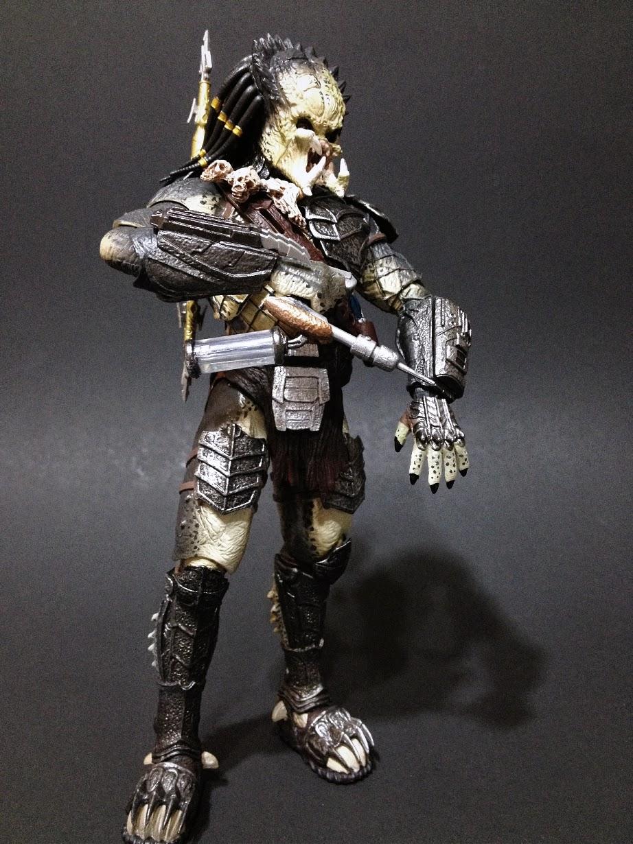 Combo's Action Figure Review: Predator Wolf: Aliens Vs