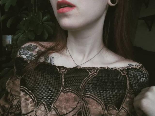 Artefakty - październik 2018