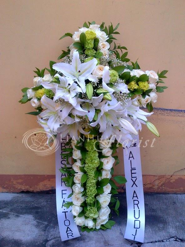 bunga salib ucapan duka cita bagus & mewah