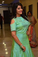 Pooja Jhaveri in Beautiful Green Dress at Kalamandir Foundation 7th anniversary Celebrations ~  Actress Galleries 076.JPG