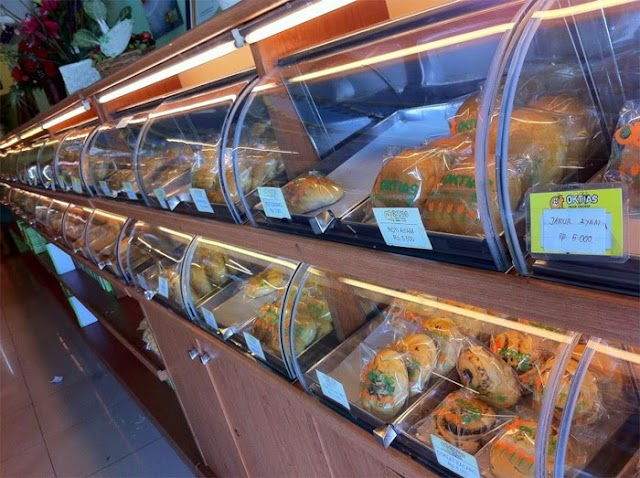 Oktias Bakery and Foods