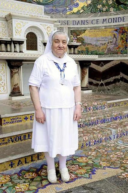 Soror Luigina hoje, beneficiada pelo mais recente milagre de Lourdes reconhecido