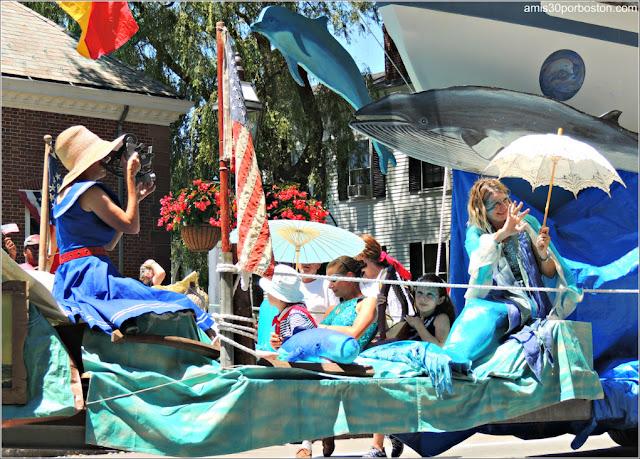 Carroza Sirenas Desfile del 4 de Julio de Bristol