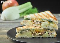 Sandwich de pollo, hinojo y manzana