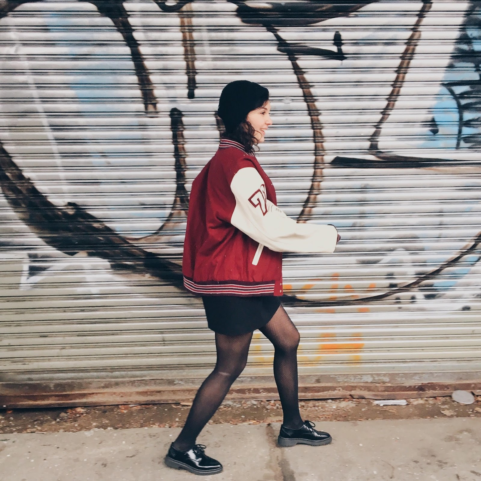 brooklyn is burning, snowing, queens, astoria, new york city, vintage varsity jacket, american football, basketball, baseball, letterman, fashion blogger, personal style, outfit of the day, tomboy, androgynous style, boyish girl, brunette, fashionista, oxford shoes, black hat, black beanie