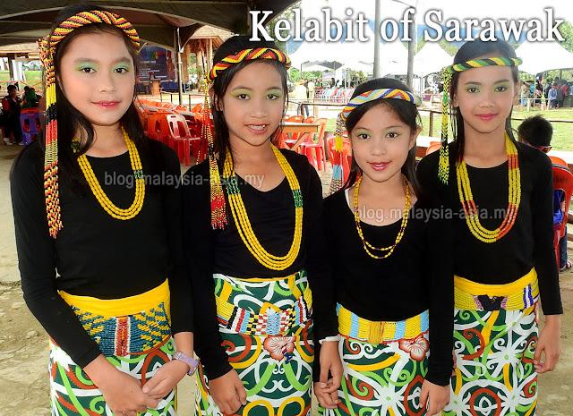 Sarawak Kelabit girls