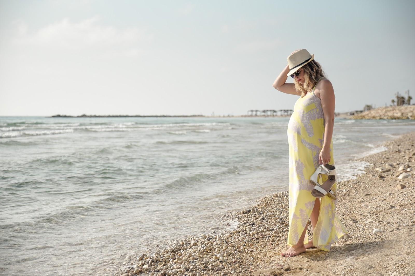 שמלה צהובה של קסטרו קיץ 2016