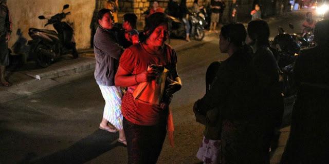Warga Lihat Cahaya Aneh Saat Gempa Lombok Mengguncang