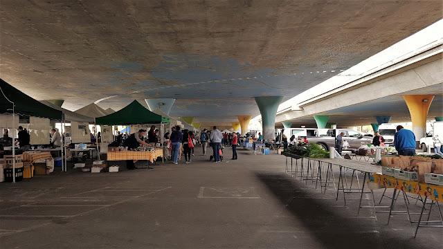 Come raggiungere il Sacramento Farmers'Market